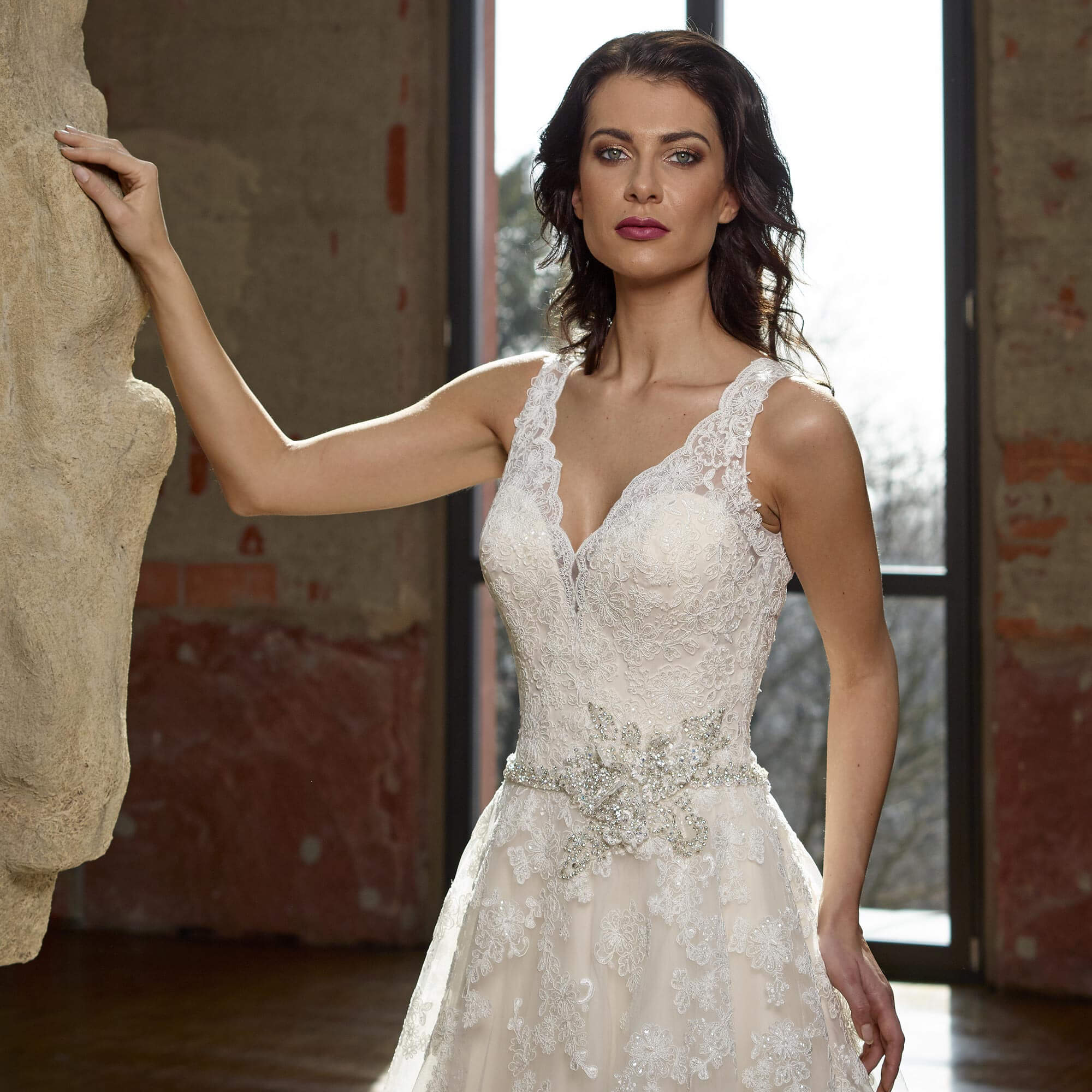 Glamouröse Brautkleider für die Hochzeit - weddix