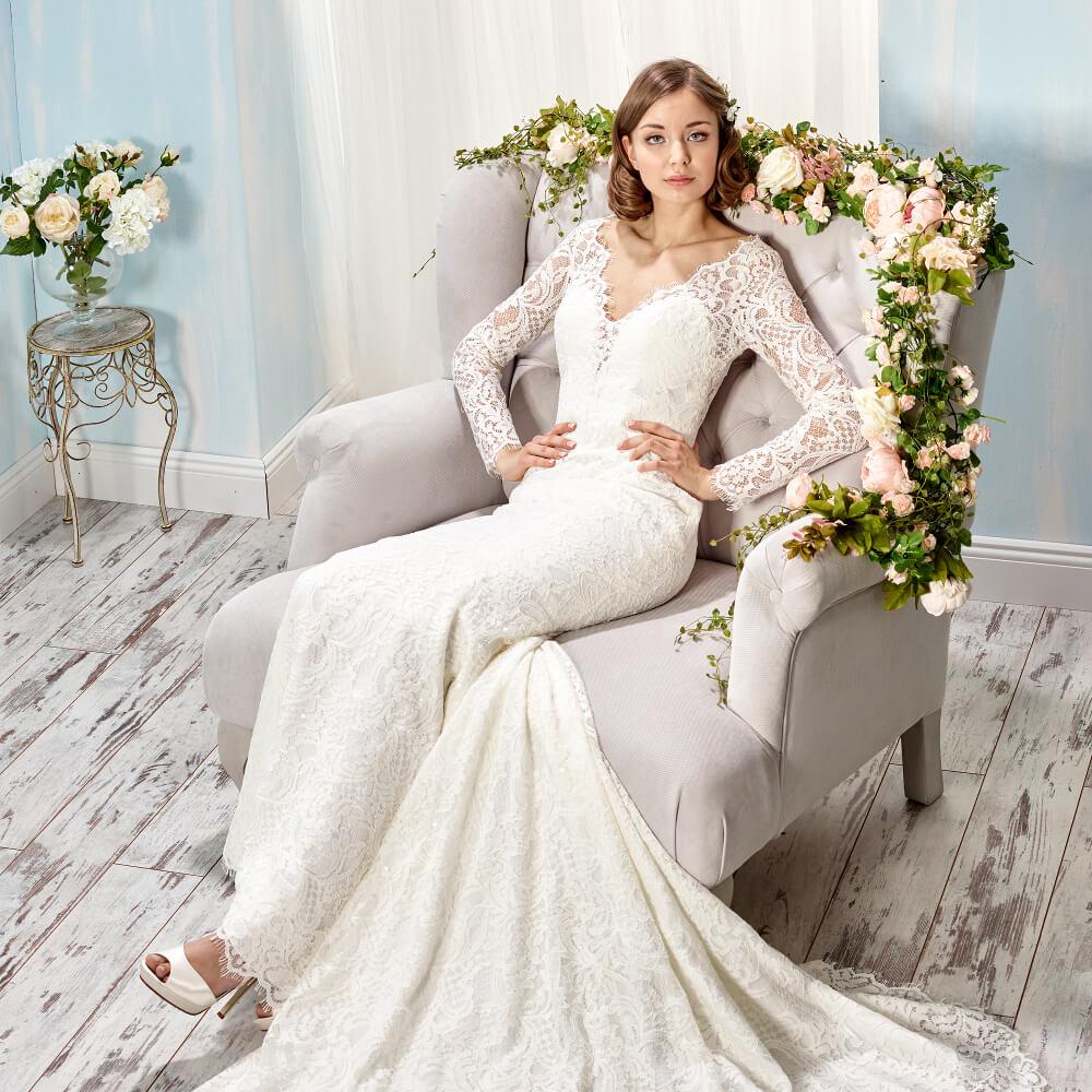 Traumhafte Brautkleider mit Spitze - weddix