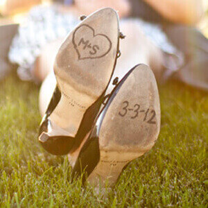 save-the-date-idee-schuhe