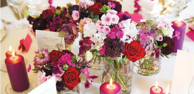 ... farblich sortierte Produkte rund ums Thema Hochzeit und Heiraten