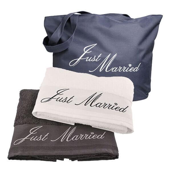 heiraten im ausland flitterwochen hochzeitsreise weddix. Black Bedroom Furniture Sets. Home Design Ideas
