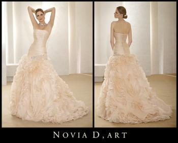 [Thumb - novia_d_art_wedding_gown.jpg]