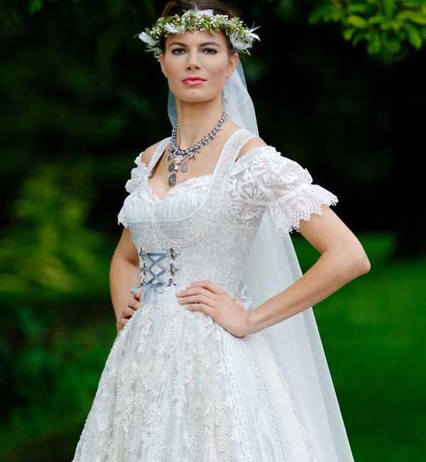 Das Hochzeitsdirndl - traditionell heiraten